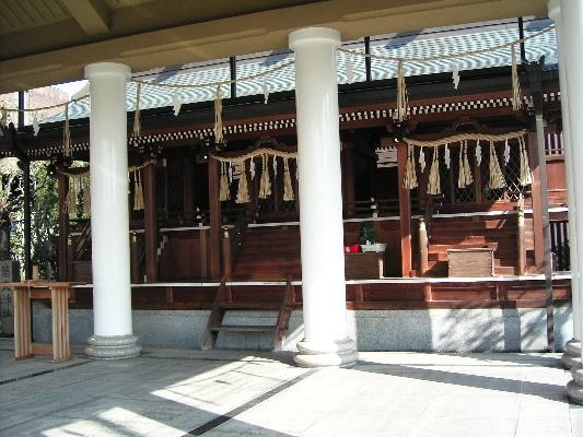 全国でも珍しい飛行機にまつわる神社。石清水八幡宮のほど近くにある。あわせて足を運びたい。