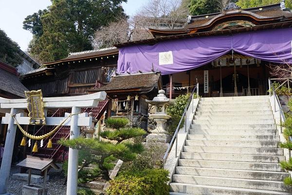 国宝指定される都久夫須麻神社の本殿
