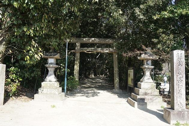 継体天皇の伝承を伝える樟葉の宮。交野との関連も注目されるパワースポットだ。