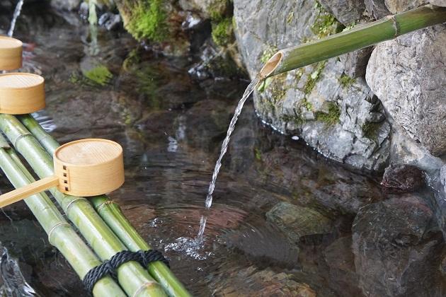 水は命の源。貴船神社の御祭神は水をつかさどる龍神とされる。