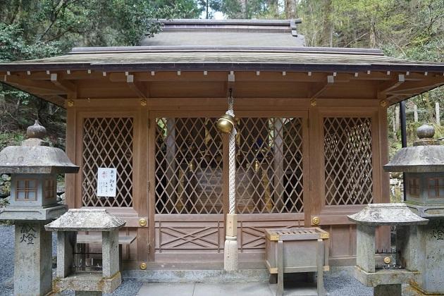 貴船神社最強のパワースポットといわれる奥宮の本殿。この直下に龍穴があるとされるが、誰も見た者はいない。