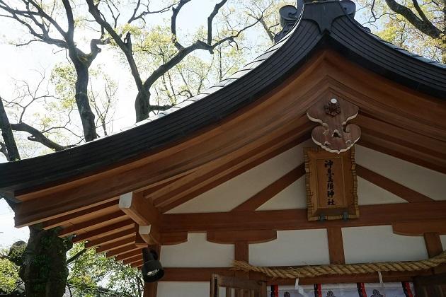 商売繁盛、金運上昇などのご利益が頂ける西宮神社。素晴らしい末社もそろっている。