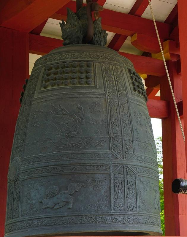 平等院の梵鐘の美しさは日本屈指。切手のデザインにもなった。