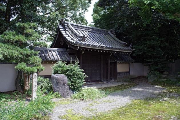 近隣情報として一押しは松花堂。松花堂弁当の発祥地だ。