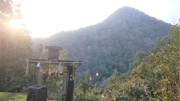 関西おすすめパワースポット4選のなかで一願成就の最強ポイントは皇大神社の遥拝所。超強力な穴場スポットだ。