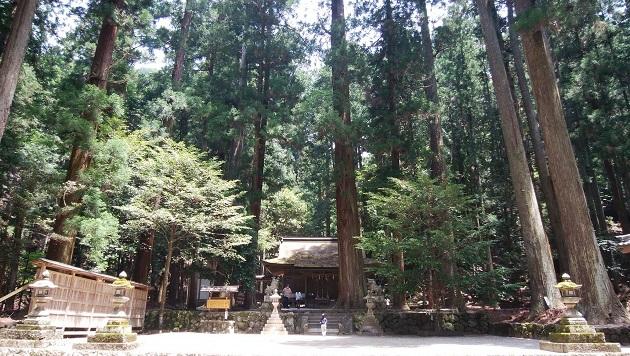 奥宮に日本三大龍穴がある室生龍穴神社。奈良の隠れパワースポット