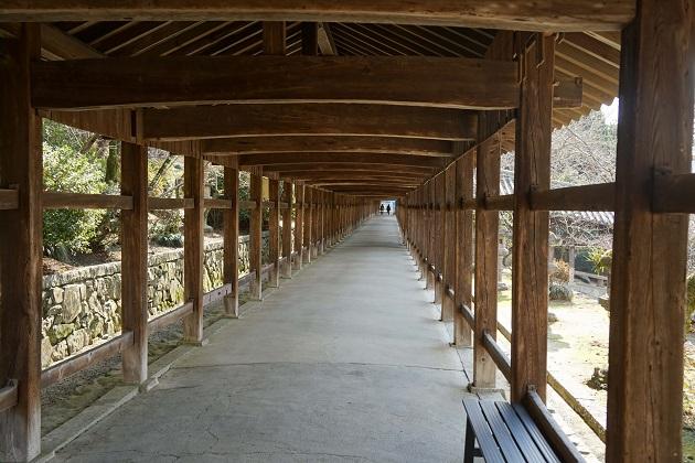 絶景の回廊。見通しの良いところではその長さが実感できる。