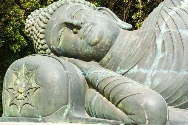 涅槃像の写真。イメージカットとして。