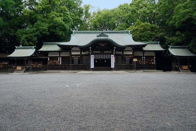 熱田神宮の上知我麻神社の社殿