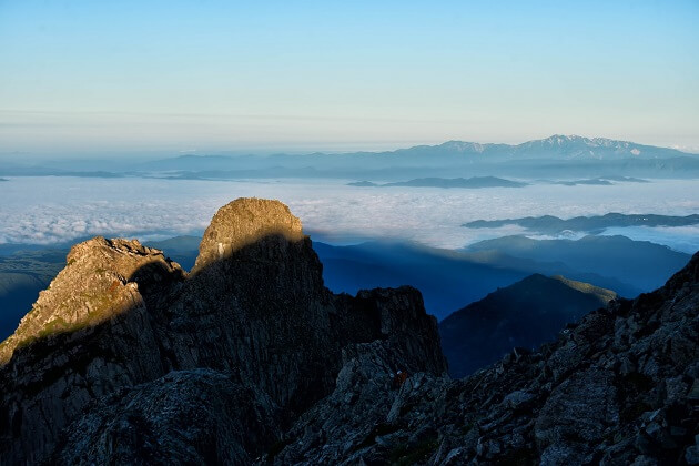 白山の神々しい姿と雲海