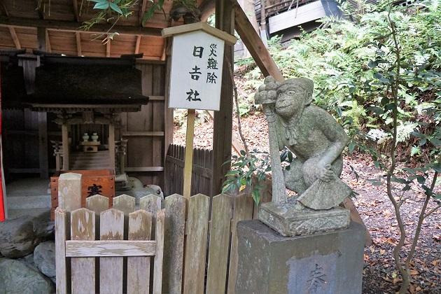 大豊神社の日吉社の狛猿