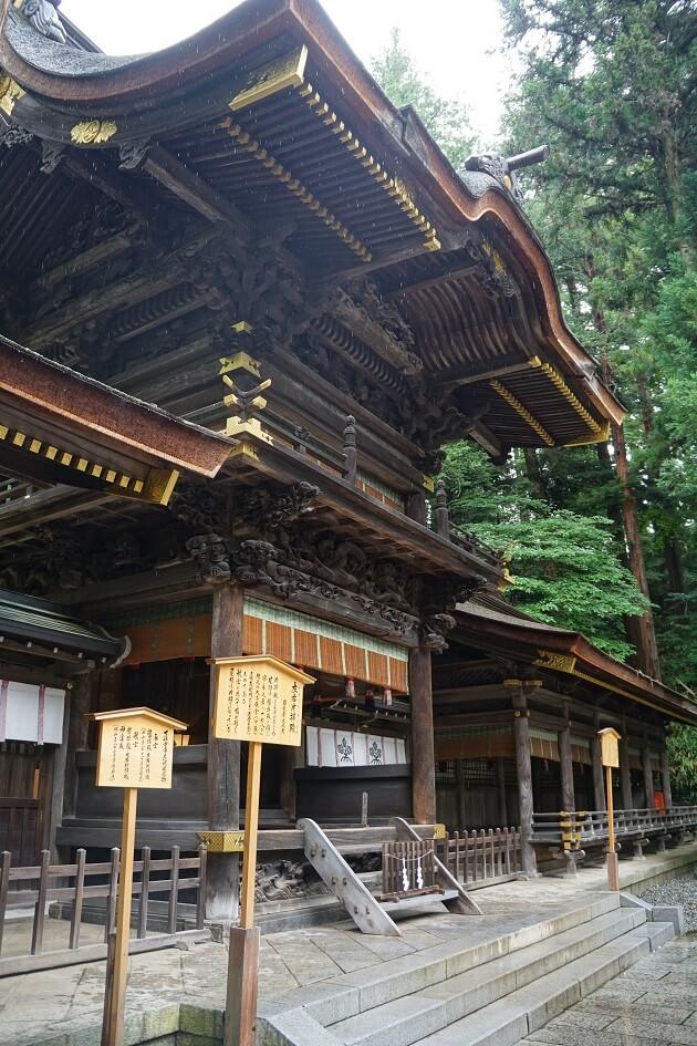 諏訪大社春宮の幣拝殿